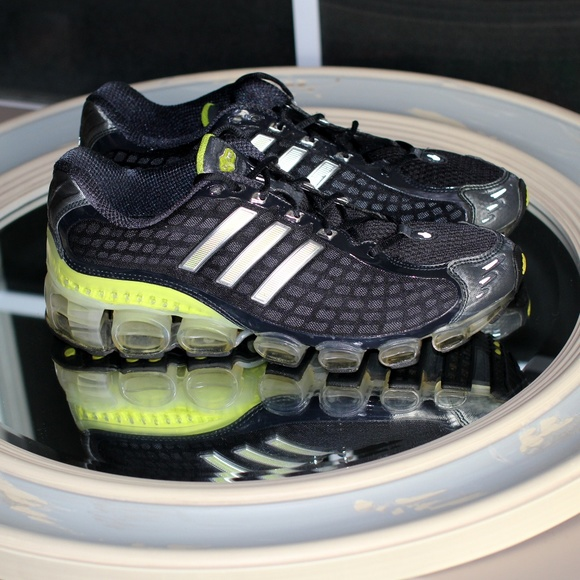23ab25e830 Shoes Shoes Bounce Running Adidas Shoe Old Old Old Poshmark School UtwIIdWq